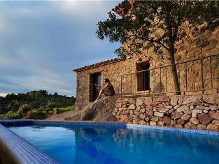 4 bedroom Villa in Falset, Catalonia, Spain : ref 2102860 - Pradell de la Teixeta vacation rentals