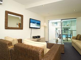Romantic 1 bedroom Apartment in Salamander Bay with A/C - Salamander Bay vacation rentals