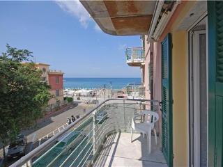 1 bedroom Apartment with Tennis Court in Bonassola - Bonassola vacation rentals