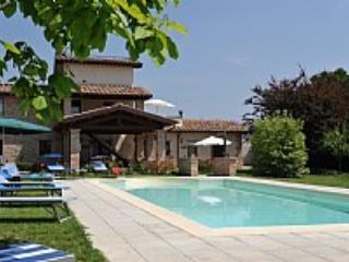 Villa Vezzosa Grande - Lago Trasimeno vacation rentals