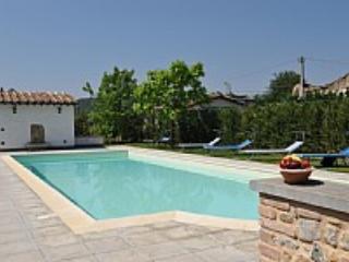 Villa Vezzosa A - Lago Trasimeno vacation rentals