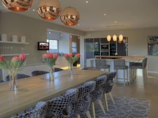 Comfortable 6 bedroom Villa in Hermanus with Internet Access - Hermanus vacation rentals