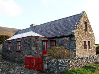 Dunquin Cottage,  Dingle Ireland - Dunquin vacation rentals