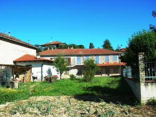 Bright 4 bedroom Italy House with Internet Access - Italy vacation rentals
