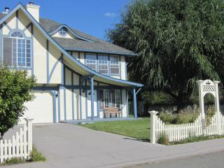 Magical Angel House private, quiet & downtown too! - Mount Shasta vacation rentals