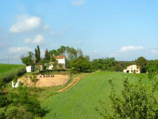 Spacious 6 bedroom Girona House with Private Outdoor Pool - Girona vacation rentals