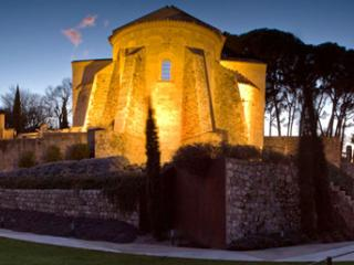 Beautiful 11 bedroom House in Girona with Private Outdoor Pool - Girona vacation rentals