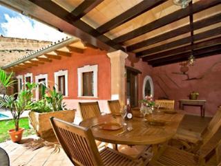 4 bedroom House with Private Outdoor Pool in Playa de Muro - Playa de Muro vacation rentals