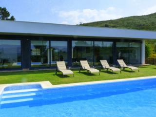2 bedroom House with Private Outdoor Pool in Alcudia - Alcudia vacation rentals