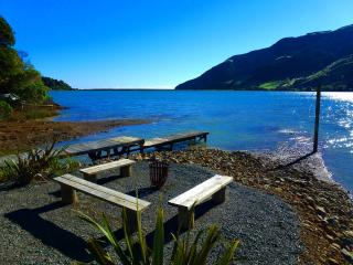 Cable Bay  Lodge - Cable Bay vacation rentals