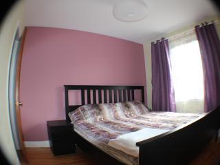 New apartment 15 min downtown, sleep 4, wi-fi - Montreal vacation rentals