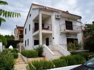 4 bedroom Apartment with Short Breaks Allowed in Stari Grad - Stari Grad vacation rentals