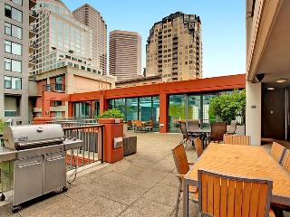 Stay Alfred Heart of Downtown Seattle! HS2 - Seattle vacation rentals