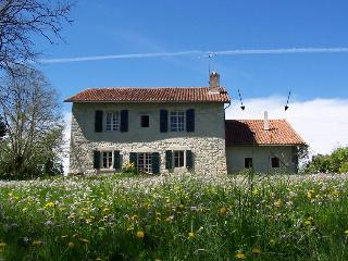 The House next to the River - Aubeterre - Poitou-Charentes vacation rentals