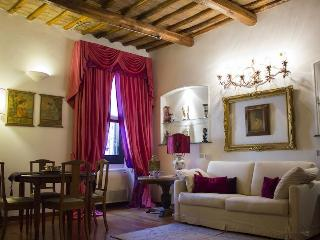 RomaSuite - Luxury Apartment in via Margutta - Vatican City vacation rentals