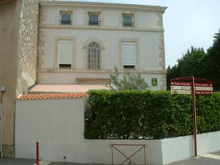 Real South Apartments, Apartments A - Salles d'Aude vacation rentals