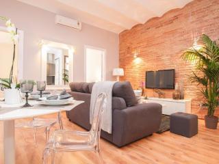 Luxury Plaza Catalonia Apartment - Barcelona vacation rentals