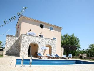 Villa Borgonja, self service house, private pool - Cerovlje vacation rentals