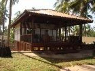 The Beach Hut (Chalet) - Uswetakeiyawa vacation rentals