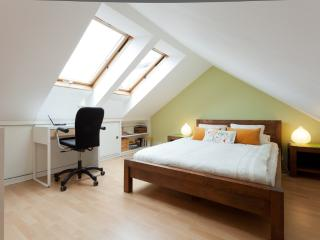 Bright Smart Studio 5min from Main Square - Sierakow vacation rentals