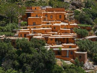 Aspros Potamos Houses (studio) - Makry-Gialos vacation rentals