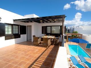 Tanya - Image 1 - Puerto Del Carmen - rentals