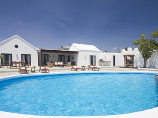 5 bedroom Villa with DVD Player in Puerto Del Carmen - Puerto Del Carmen vacation rentals