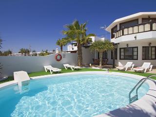 Comfortable Puerto Del Carmen Condo rental with DVD Player - Puerto Del Carmen vacation rentals