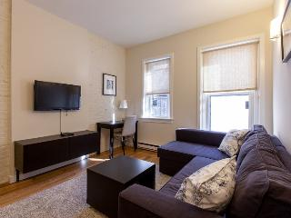 Back Bay - Newbury #4 - 1 bedroom, 1 bath, sleeps 2-4 - Greater Boston vacation rentals