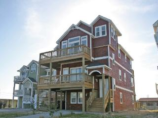Great Semi-Ocean Front, Elevator, all master bedrooms, private pool, hot tub, views! NH14 - Nags Head vacation rentals