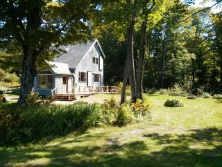 Flight's End-A Country Home with Babbling Brook - Lanesboro vacation rentals