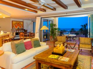 Beachfront Condo with Resort Amenities - Cabo San Lucas vacation rentals