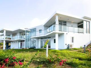 Bright Villa with Deck and Internet Access - Oyster Pond vacation rentals