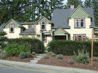 Best Rated! The Parsonage B and B! - Gig Harbor vacation rentals