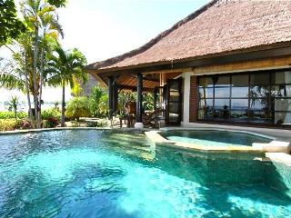 Villa Bundar: Luxury Beachfront Villa with Staff - Bali vacation rentals