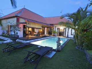 SEMINYAK VILLAS TO RENT - BALI VILLAS TO RENT - Seminyak vacation rentals