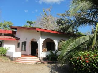 Nice House with Stove and Garden - Nosara vacation rentals