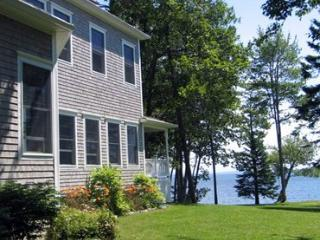 Beautiful House with Internet Access and Dishwasher - Surry vacation rentals