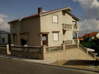 STUDIO APARTMENT ON ADRIATIC COAST / 2+1 - Croatia vacation rentals