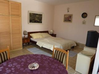 Apartments Cajner Pag - Ap4 (A2+2) - Pag vacation rentals