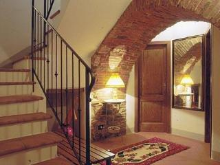 2 Bedroom Vacation Rental at Appartamento del Borgo - Terontola vacation rentals