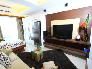 Fully furnished condo units - Pasay vacation rentals