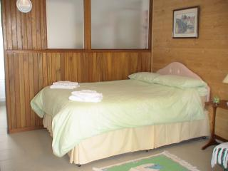 Comfortable 1 bedroom Condo in Châtillon-sur-Indre with Internet Access - Châtillon-sur-Indre vacation rentals
