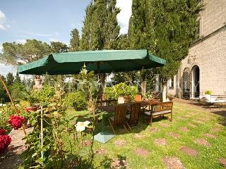 Castello Poggibonsi - Windows On Italy - Florence vacation rentals