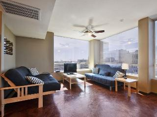 1BR/2BA Downtown Austin Condo 1 block from Capitol - Austin vacation rentals