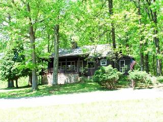Cottage full of warmth and character, surrounded by lush mountain forest! - Rockwood vacation rentals