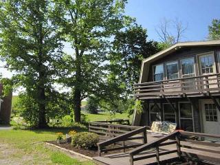 Vineyard Chalet- Located directly across from Christian Klay Winery! - Confluence vacation rentals