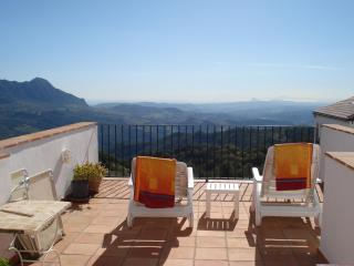 Luxury apartment for rent in the Village of Gaucin - Gaucin vacation rentals