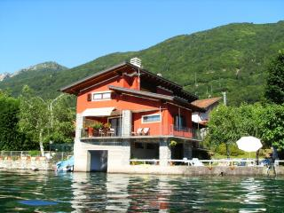 The house on the lake - Omegna vacation rentals