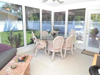 Cornercopia Paradise 729 Cozy home in North Clearwater Beach - Clearwater Beach vacation rentals